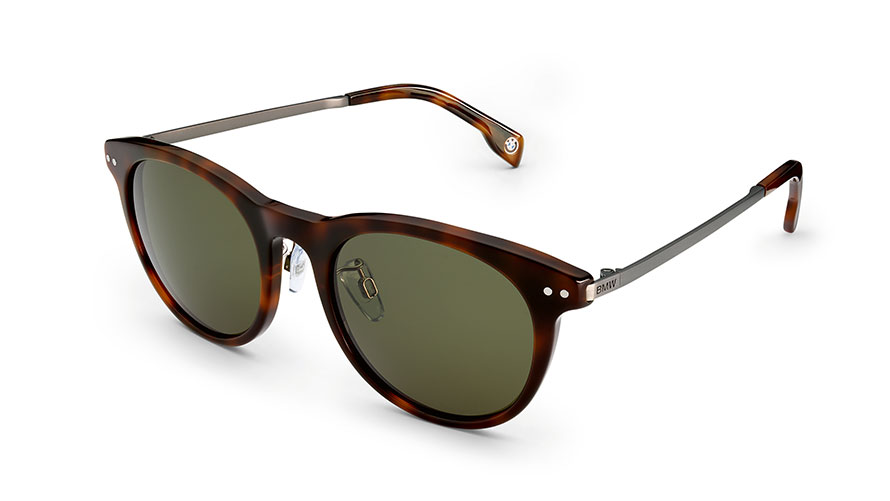 The product image shows the BMW Iconic Sunglasses.