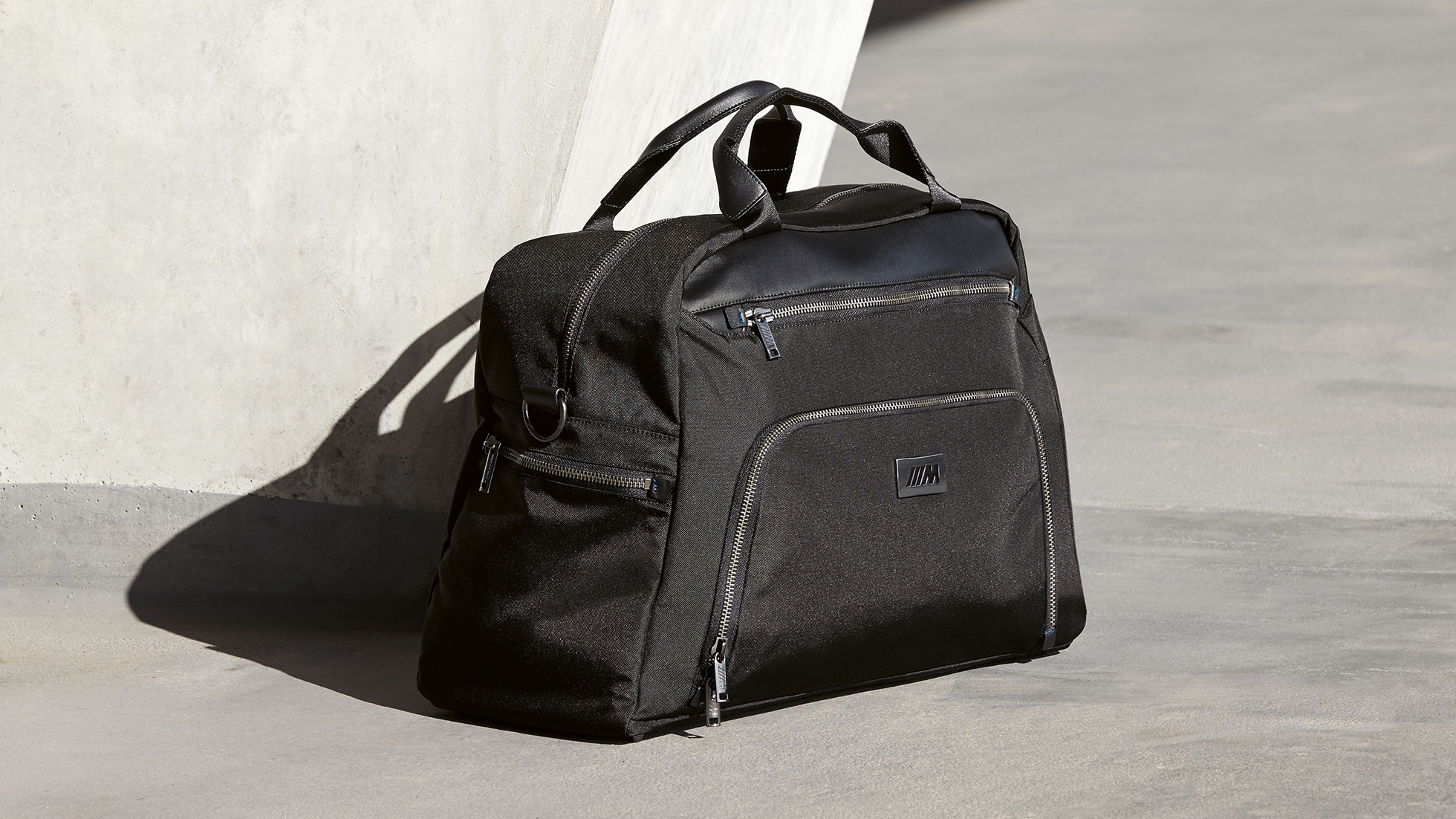 BMW M TRAVEL BAG.